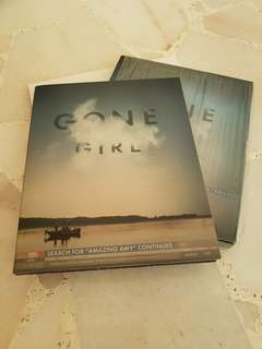 Gone Girl: US Printed Blu Ray (with Free DVD!)