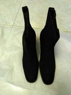 Gucci Boots 2(Size:37C)