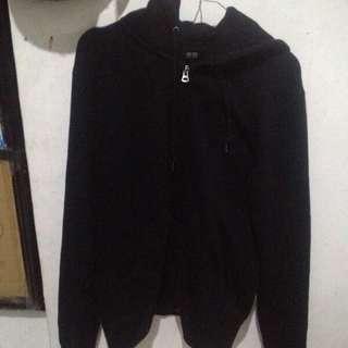 uniqlo doublezip black hoodie