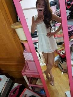 🚚 白色無袖蕾絲褲裙洋裝