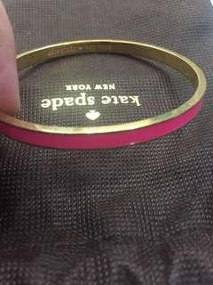 Preloved kate spade bracelets pink baru sekali pakai karna kekecilan