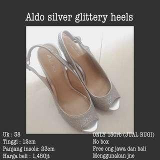 (SALE)Aldo silver glittery heels, yang lokasi sby bisa lansung di gojek
