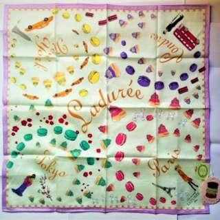 購自日本 全新Les Secrets Laduree Merveilleuses Paris macaron巴黎 手帕