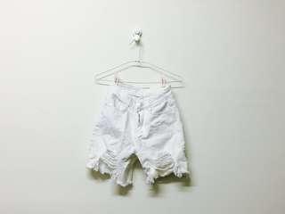 白色五分破褲
