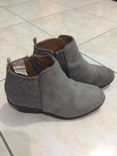 Gap gray suede boots