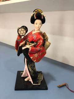 Assorted country cultures dolls  Limited collection