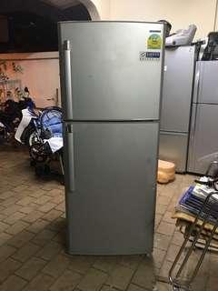 Samsung 2 doors fridge