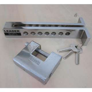 """Pedal Lock for """"manual"""" transmission vehicles"""