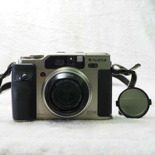 Fujifilm GA645Zi Professional (Film)