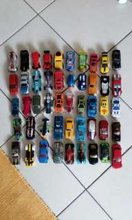 Hotwheel cars (loose)