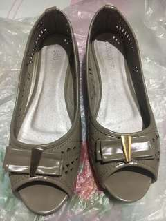 Grayish Brown Flats with Bow and Cutouts