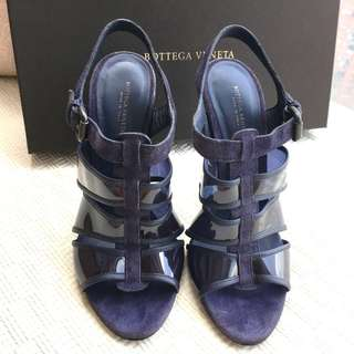 Bottega Veneta BV  suede leather/plastic heel sandals shoes  ***Made in Italy ***Size 37
