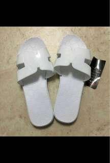 全新 40碼 全白色 膠拖鞋