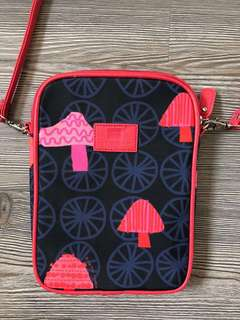 Travel Crossbody (Red)