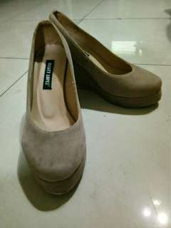 Rusty Lopez Suede Closed Wedge Shoes