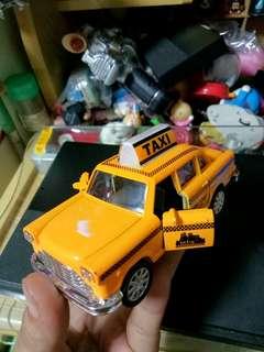 合金迴力計程車