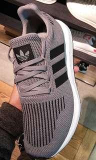 Adidas Swift Run Grey