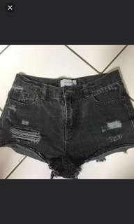 F21 Semi Highwaist Sexy Shorts FREE SF