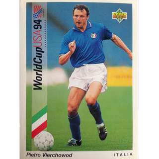 Pietro Vierchowod (Italy) - Soccer Football Card #81 - 1993 Upper Deck World Cup USA '94 Preview Contenders