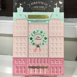 Too Faced Christmas In New York Makeup Set Palette