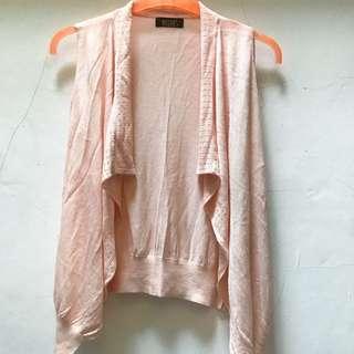 Sleveless Soft Pink Outer