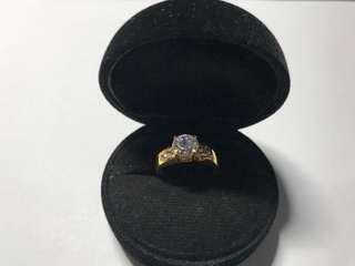 916 Gold Ring w Zirconia Stone