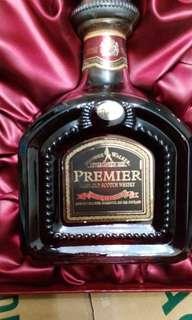 陳年左走 Johnnie Walker premier rare old威士忌750ml with box.