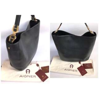 EXCELLENT Preloved Authentic Aigner GHW Leather