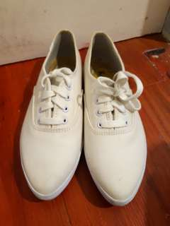 AUTHENTIC KEDS