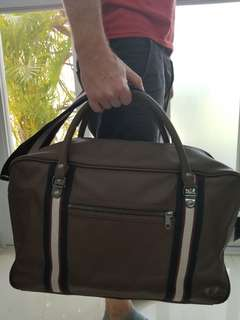 Fred Perry bag 100% authentic 99% new