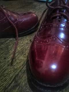 RED OXFORD SHOES
