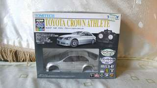 Tomy TOMITECH Aero RC Toyota Crown Athlete 搖控車