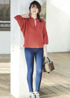 Uniqlo Linen Blended Gathered 3/4 Sleeve Blouse