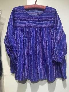 🚚 藍染感寬版上衣