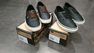 Vans Authentic Decon CA (Sold as set only)