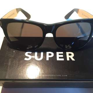 Super sunglasses classic 金色鏡臂