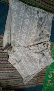 HOTPANTS JEANS TRIBAL MURAH