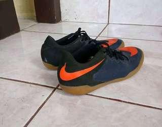 Futsal Nike Shoes