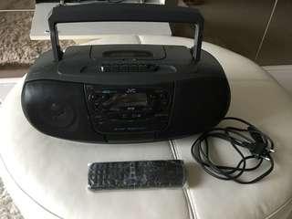 Portable Radio & CD Player