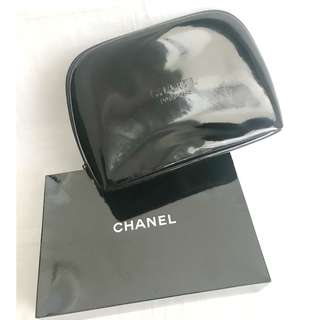CHANEL black patent cosmetic pouch bag 化妝袋