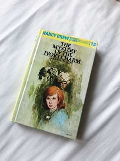 Nancy Drew Mystery Stories - The Mystery of the Ivory Charm