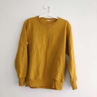 買起來放GU秋冬芥末黃素衣