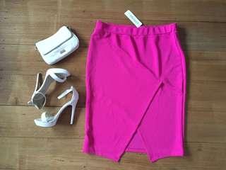 Suiteboutique hot pink skirt size 16 BNWT