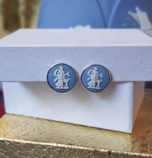 Vintage Blue Wedgewood Dainty Cameo Clip-on Earrings