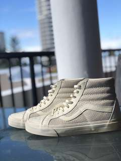 Vans Leather Sneaker