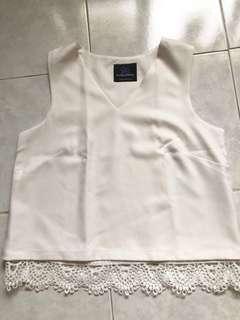 Plains & prints white top