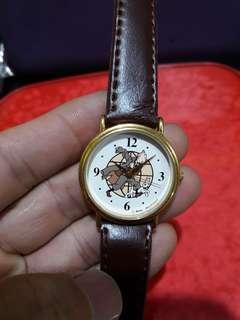 Moulinsart            her watch