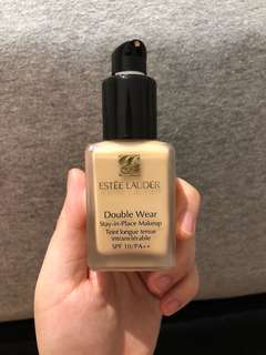 Estee lauder double wear with the pump