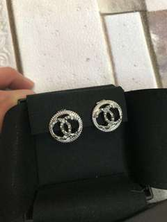 Chanel Earrings 耳環 earings 耳夾款 銀色 搶眼 珍珠 two tone