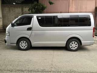 Toyota Hiace commuter